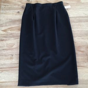 Vintage Talbots Long Wool Straight Skirt Pleated